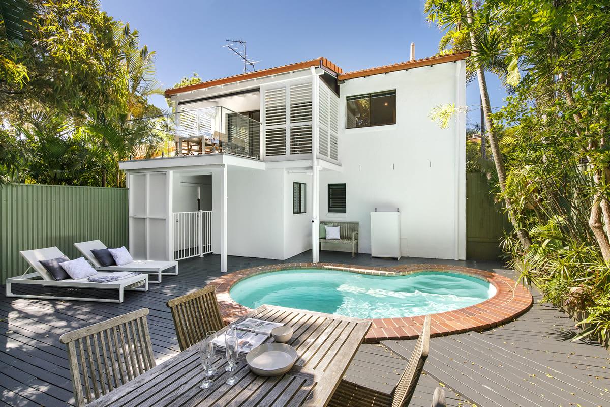 Sunny Private Garden off Living Area